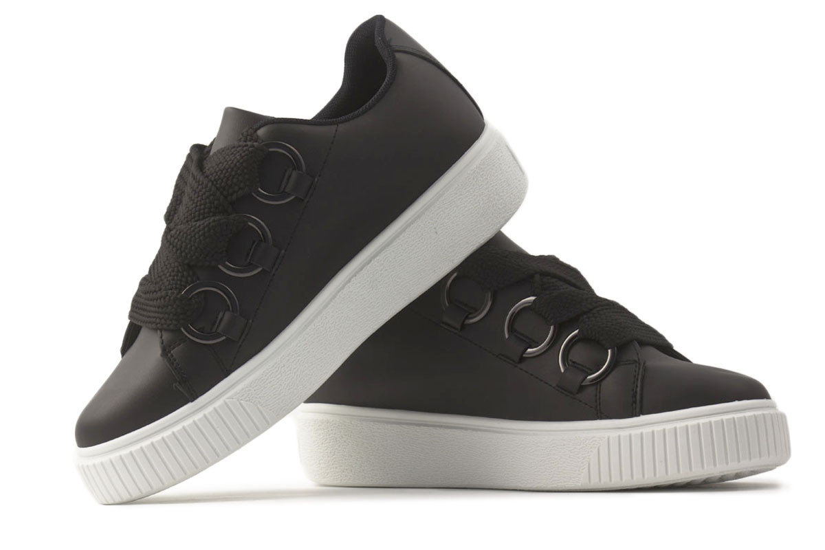 zapatillas urbanas negras