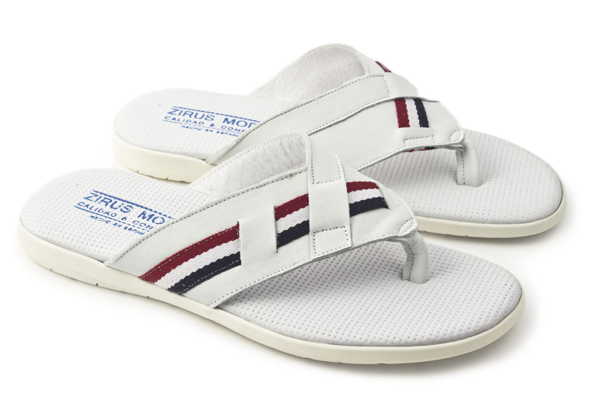 Sandalia piel blanca combinada