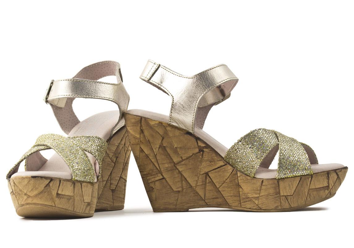 Sandalia piel oro plataforma