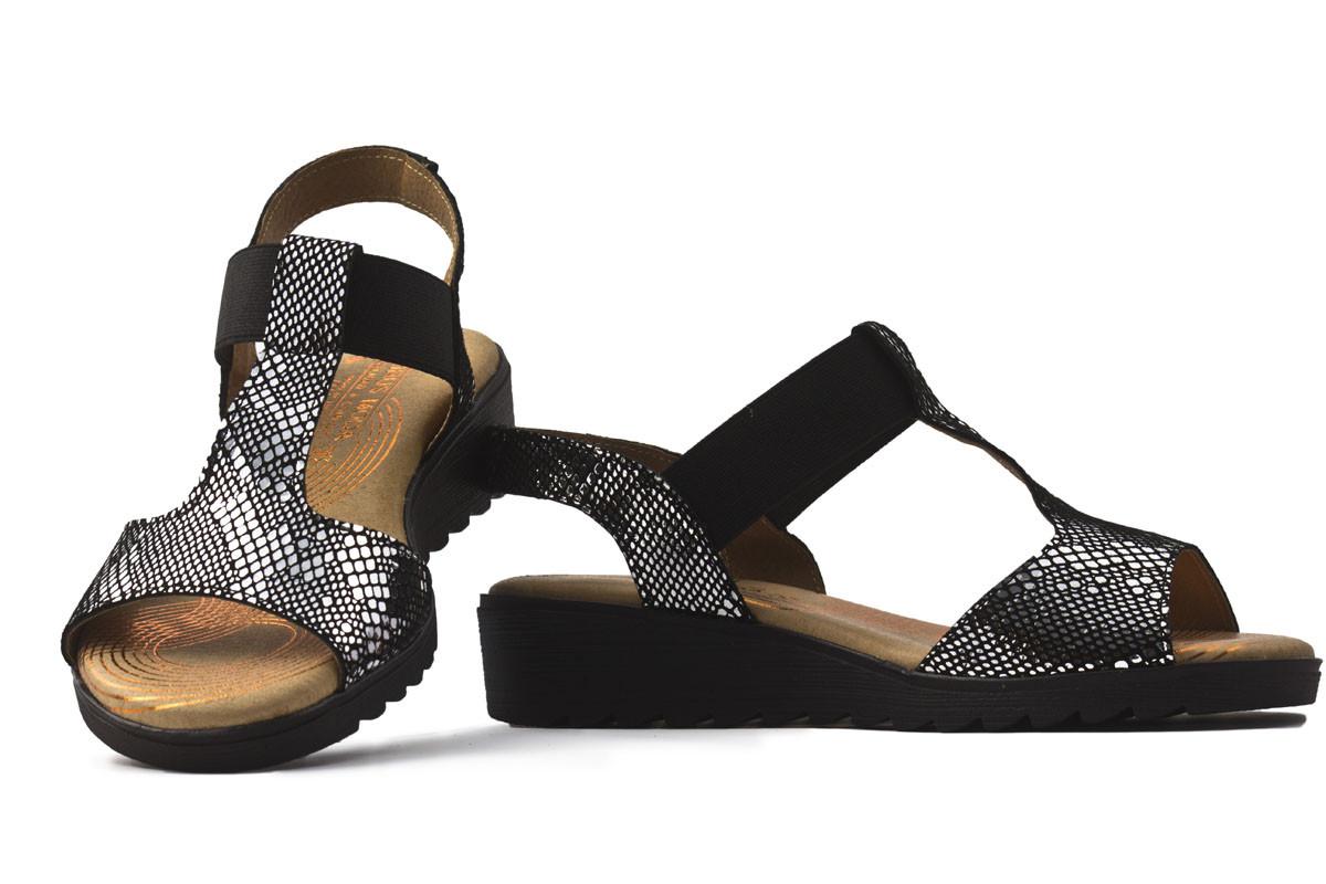Sandalia piel negra combinada
