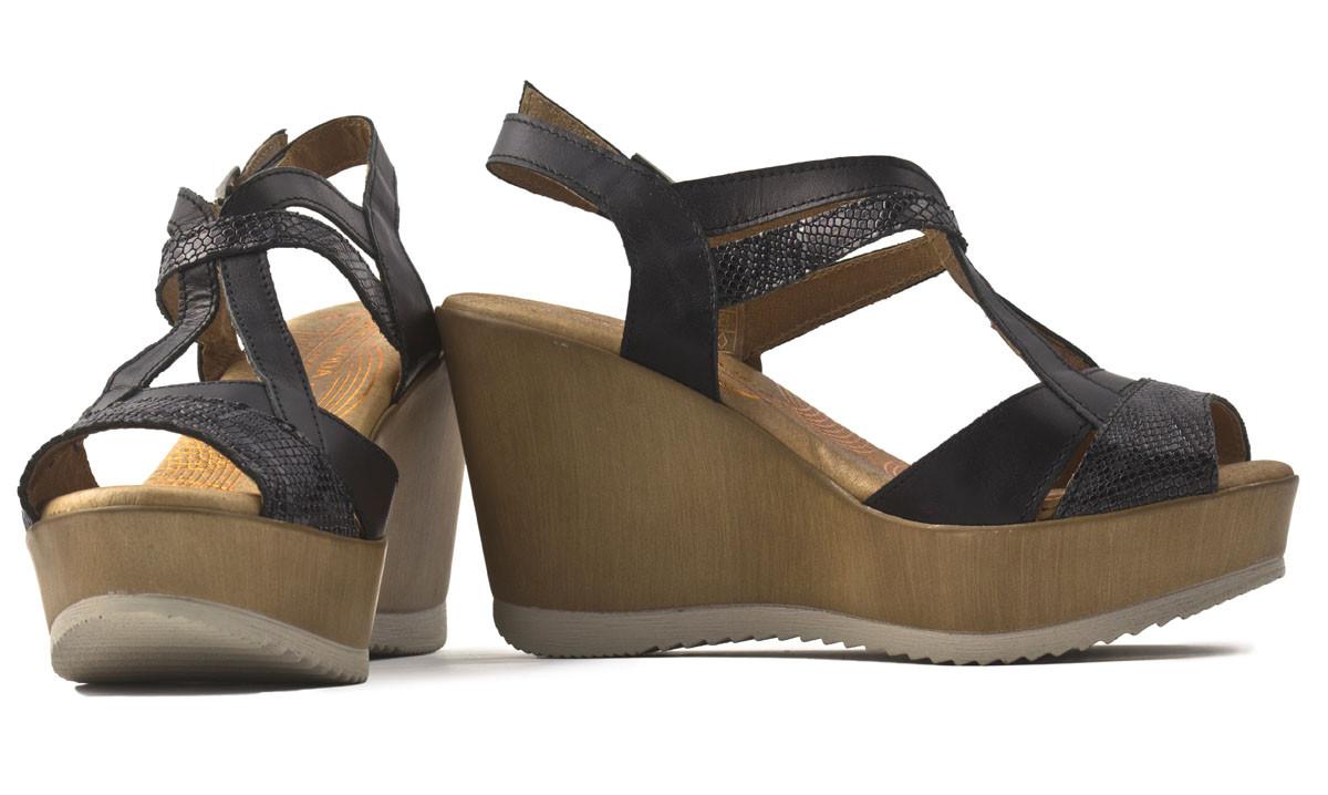 Sandalia piel negra plataforma