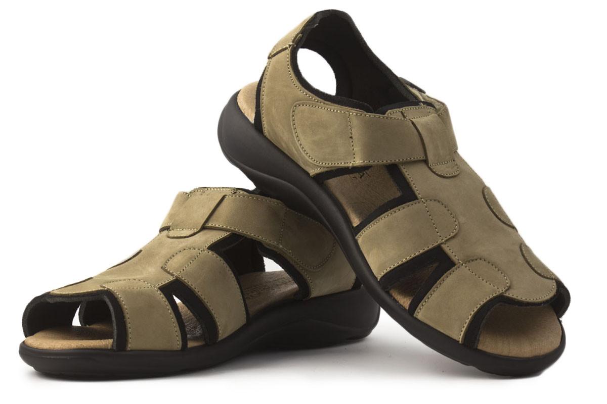 Sandalia piel trekking beige