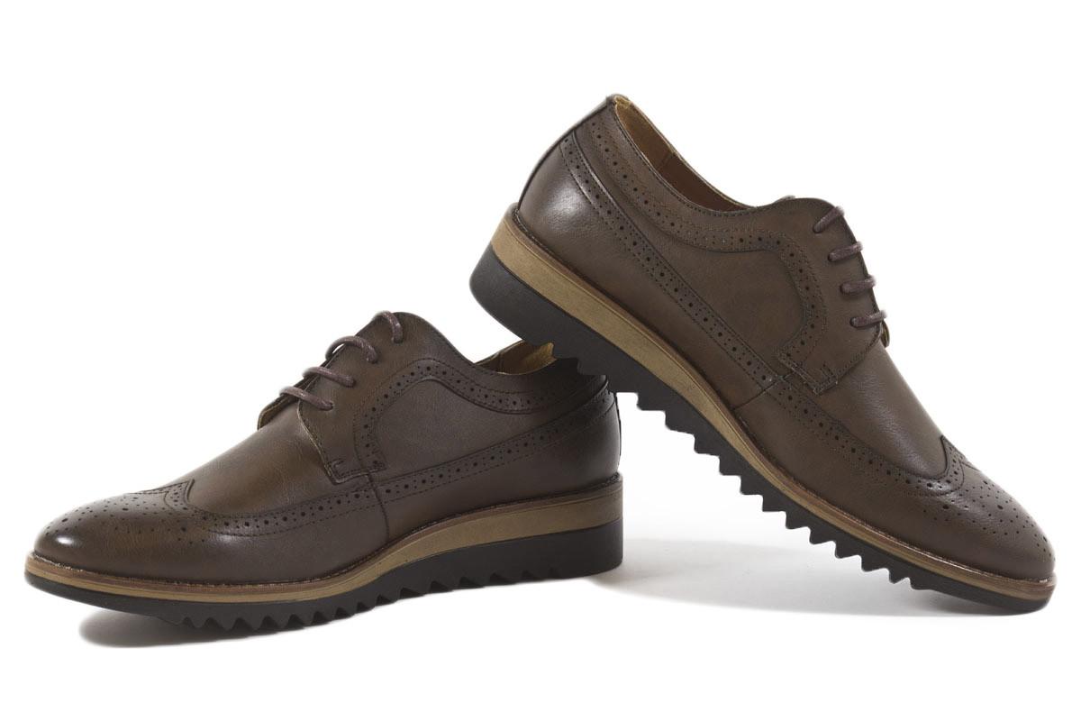 Zapato cordones marrón