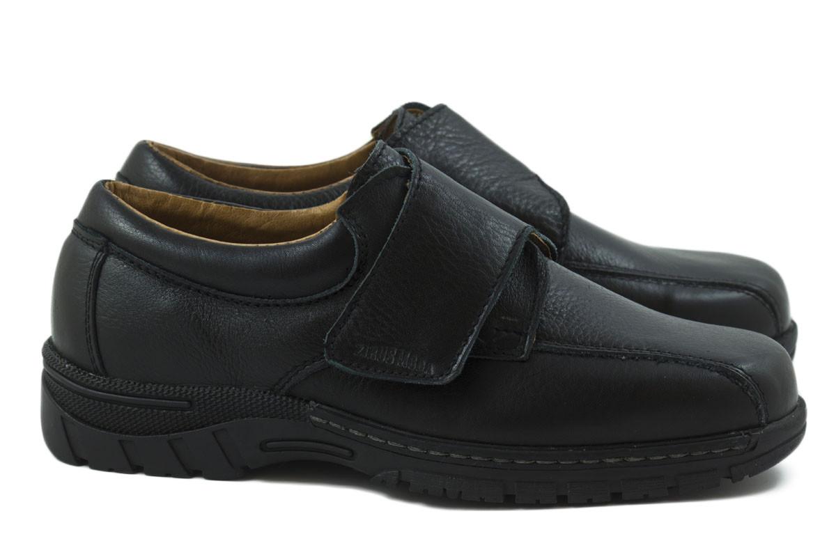 Zapato piel velcro negro