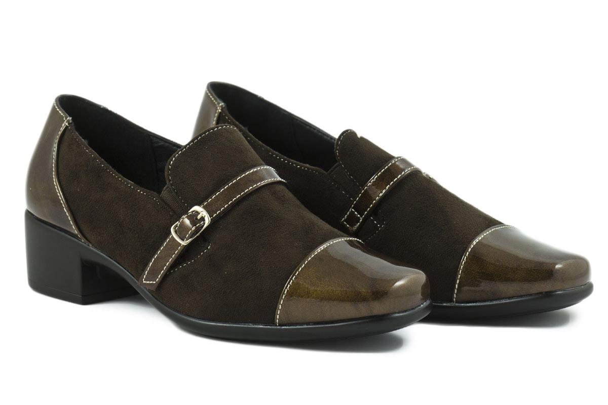 Zapato tacón ante y charol hebilla marrón